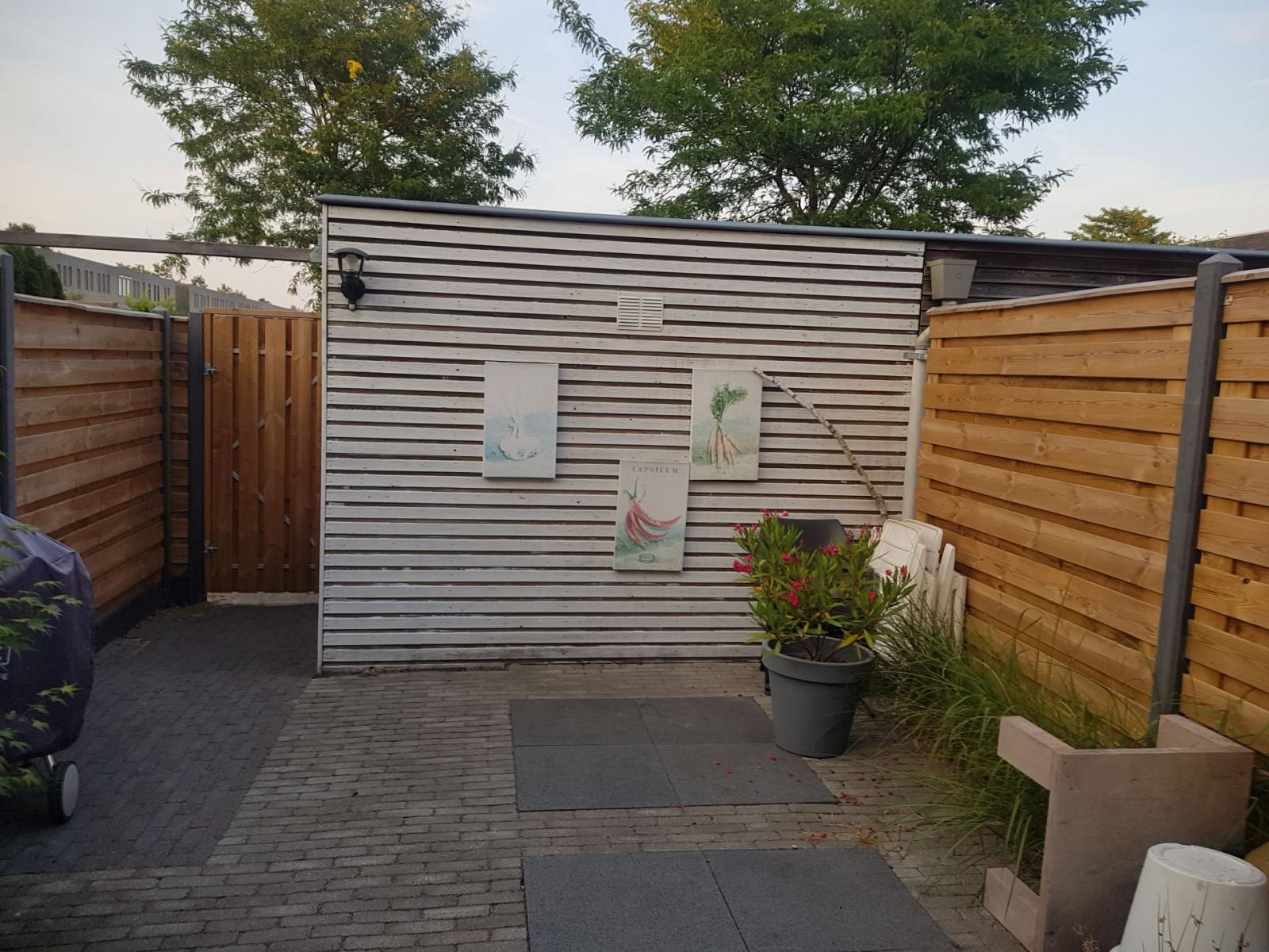 Hoveniersbedrijf Isidorus Hoeve Kleine tuin modern vooraanleg