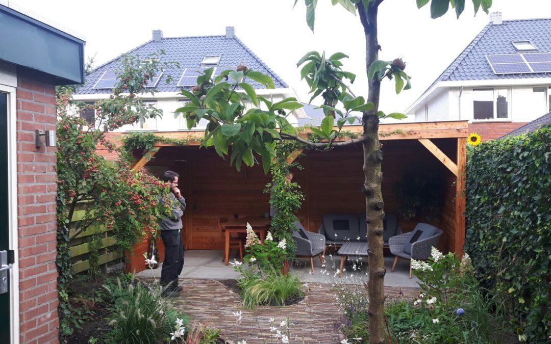 Engelse stijl kleine tuin